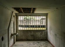 Oude ruimte in oud pakhuis royalty-vrije stock afbeelding
