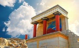 Oude ruines van het paleis van famouseknossos in Kreta, Griekenland, stock foto's