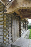 Oude Russische loghouse Stock Foto's