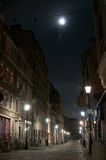 Oude 's nachts straat Stock Afbeelding