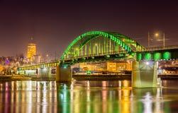 Oude Sava-brug in Belgrado stock afbeeldingen