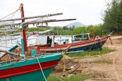 Oude schepen op het strand Royalty-vrije Stock Afbeeldingen