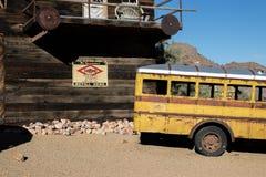 Oude schoolbus Stock Foto's