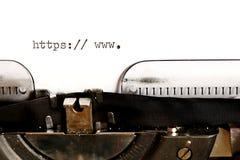 Oude schrijfmachine met teksthttp royalty-vrije stock fotografie