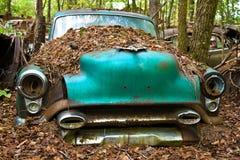 Oude Schrootauto royalty-vrije stock afbeeldingen