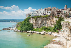 Oude seesidestad van Vieste in Italië Stock Afbeelding