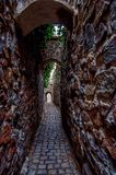 Oude smalle straat - Kadan Stock Afbeelding