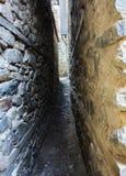Oude smalle straten royalty-vrije stock afbeeldingen