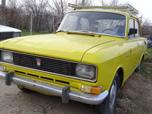 Oude Sovjetauto Moskvich 2140 Stock Afbeelding