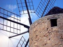 Oude Spaanse windmolen Stock Foto's