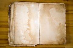 Oude spatie, Boek - antiquiteit royalty-vrije stock afbeeldingen