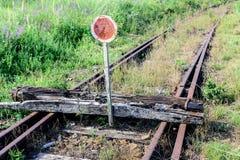 Oude spoorweg Eind van de lijn royalty-vrije stock foto