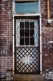 Oude Staalfabriekdeur royalty-vrije stock foto