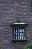 Oude stad de bouwmuur met venster royalty-vrije stock afbeelding