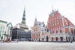 Oude stad, stadscentrum, volkeren en architectuur Straten en aard stock afbeelding