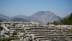 Oude stad Thermessos dichtbij Antalya in Turkije stock video