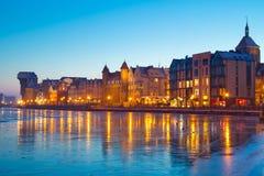 Oude stad van Gdansk bij schemer Royalty-vrije Stock Foto's
