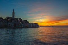 Oude stad van Rovinj bij zonsondergang, Istrian-Schiereiland, Kroatië Royalty-vrije Stock Foto