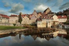 Oude stad van Schwaebisch-Zaal, Staat van Baden Wuerttemberg, Duitsland Stock Fotografie