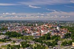Oude stad van Tallinn van vliegtuig Stock Foto