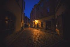Oude stadsopen plek van Praque bij nacht Stock Afbeelding