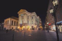 Oude stadsopen plek van Praque bij nacht, uitstekend effect Stock Foto