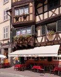 Oude stadsstraat in Colmar, Frankrijk Royalty-vrije Stock Foto's