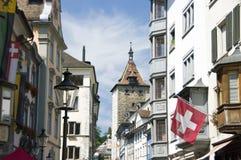 Oude stadsstraat in Zwitserland Royalty-vrije Stock Foto's