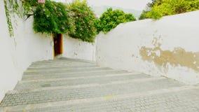 Oude stappen die in Ibiza-Stad dalen stock afbeelding