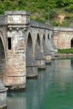 Oude steenbrug in Visegrad stock afbeelding