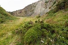 Oude steengroeve in de bewolkte hemel van Normandië Frankrijk Royalty-vrije Stock Afbeeldingen