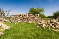 Oude steenmuur Stock Afbeeldingen
