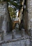 Oude steenstraat binnen van San Marino Stock Foto