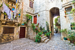 Oude steenstraat van Trogir Royalty-vrije Stock Afbeeldingen