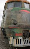 Oude stijl diesel elektrische trein in roest Royalty-vrije Stock Fotografie