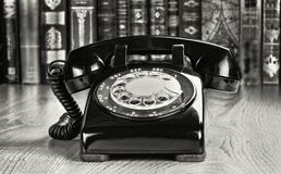 Oude stijl roterende telefoon royalty-vrije stock fotografie