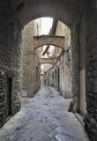 Oude straat in de stad van Pistoia, Italië royalty-vrije stock afbeeldingen