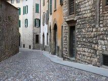 Oude straat in Italië Royalty-vrije Stock Foto's