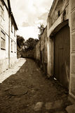 Oude straat in sepia Stock Foto
