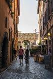 Oude straat in Trastevere, Rome, Italië Royalty-vrije Stock Afbeeldingen