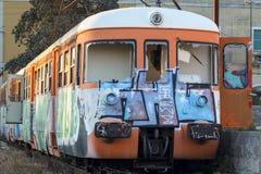 Oude te vernietigen Trein Stock Foto's