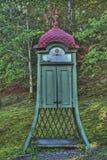 Oude telefooncel van Zweden in HDR stock foto