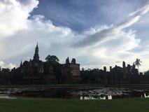 Oude tempel bij het Historische Park van Sukhothai, Sukhothai-provincie, Thailand royalty-vrije stock foto
