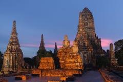 Oude tempel door twightlight in Ayuthaya, Thailand Stock Fotografie
