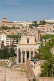 Oude Tempel van Antoninus en Faustina op Roman Forum, ROM royalty-vrije stock fotografie