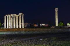 Oude Tempel van Olympian Zeus in Athene Griekenland stock foto