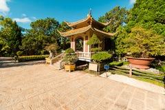 Oude Tempels in DA Lat, Vietnam Linh Son Pagoda royalty-vrije stock foto's