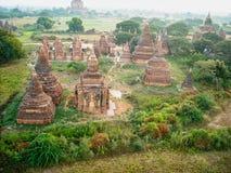 oude tempels in de mening van Vietnam van hierboven stock afbeeldingen