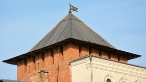 Oude torens van Novgorod het Kremlin Stock Foto's