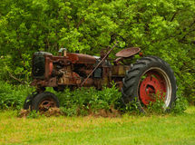 Oude tractor Royalty-vrije Stock Afbeeldingen